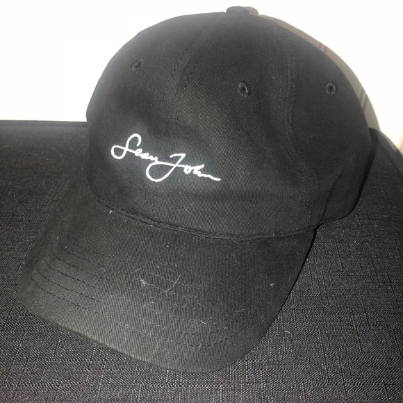 9f6a43a12 Vintage classic Sean Jean hat black with white